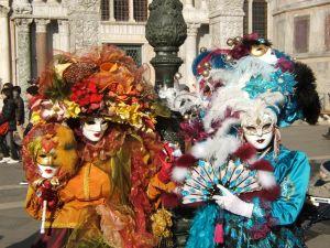 1231165_carnival_of_venice_italy_2008